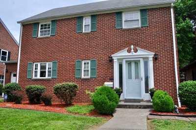 Huntington Single Family Home For Sale: 180 Edison Drive