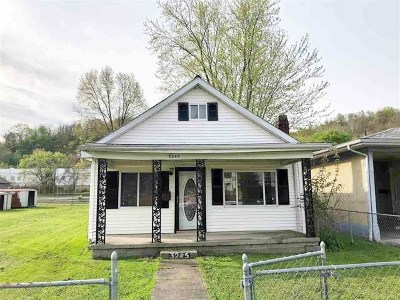 Huntington Single Family Home For Sale: 3245 Chase Street