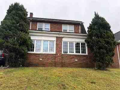 Huntington WV Single Family Home For Sale: $152,000