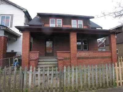 Huntington WV Single Family Home For Sale: $24,900