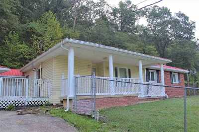 Huntington Single Family Home For Sale: 4770 Darnell Road