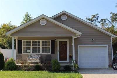 Huntington Single Family Home For Sale: 34 Sunwatch Drive