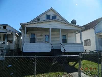 Huntington Single Family Home For Sale: 2121 Jefferson Avenue