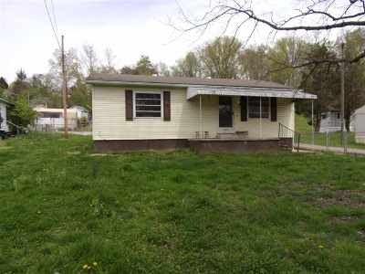 Milton Single Family Home For Sale: 1627 2nd St