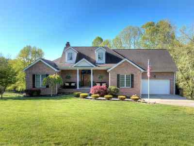 Barboursville Single Family Home For Sale: 8 Colewood Road