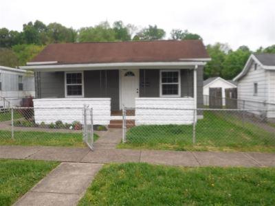 Kenova Single Family Home For Sale: 813 13th Street