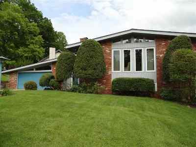 Huntington Single Family Home For Sale: 5436 Lea Hill Drive