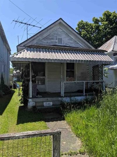 Huntington Single Family Home For Sale: 745 Adams Avenue