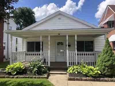 Huntington Single Family Home For Sale: 3650 Hughes Street