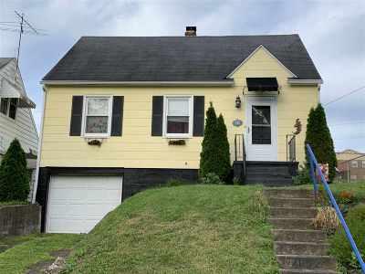 Huntington Single Family Home For Sale: 152 S Walnut St