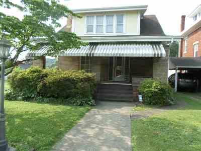 Huntington WV Single Family Home For Sale: $118,000