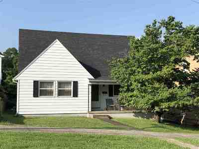 Barboursville Single Family Home For Sale: 844 Main Street
