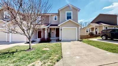 Huntington Condo/Townhouse For Sale: 50 Hunting Bow Trail