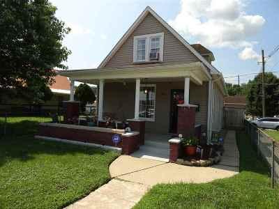 Kenova Single Family Home For Sale: 1926 Chestnut Street