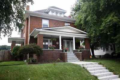 Kenova Single Family Home For Sale: 1528 Chestnut Street