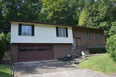 Barboursville Single Family Home For Sale: 6234 Highland Drive