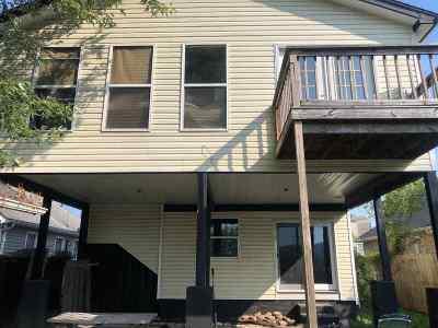 Chesapeake Single Family Home For Sale: 415 Riverside Drive