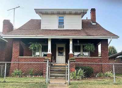 Huntington Single Family Home For Sale: 2536 4th Avenue