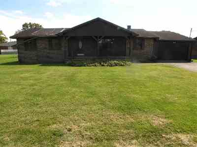 Single Family Home For Sale: 25 Bison Village
