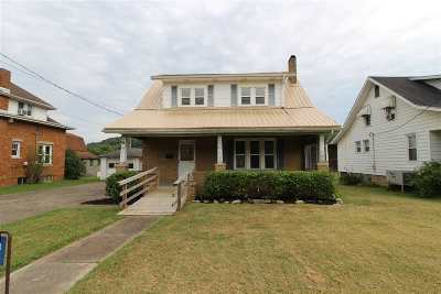 Milton Single Family Home For Sale: 1412 W Main Street