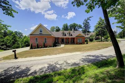 Scott Depot Single Family Home For Sale: 1236 Crooked Creek Road