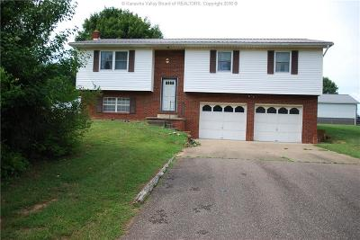 Point Pleasant Single Family Home For Sale: 211 Brook Lane