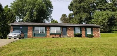 Point Pleasant Single Family Home For Sale: 301 Becknor Lane