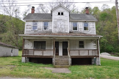 Smithfield WV Single Family Home For Sale: $22,000