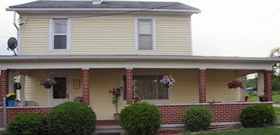 Middlebourne WV Single Family Home For Sale: $105,000