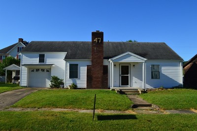 Middlebourne WV Single Family Home For Sale: $110,000