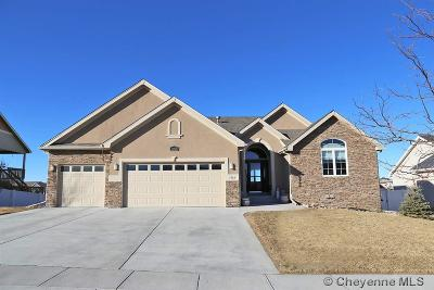 Pointe Single Family Home For Sale: 1362 Dorothy Ln