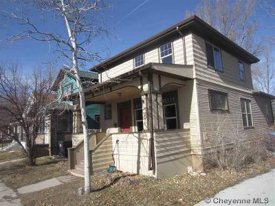 Cheyenne Single Family Home For Sale: 900 W 31st St