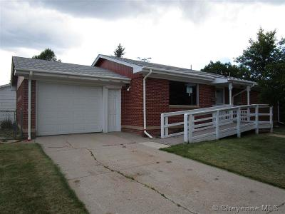 Cheyenne WY Single Family Home For Sale: $199,000