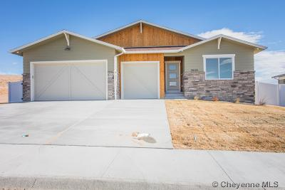 Saddle Ridge Single Family Home For Sale: 3909 Red Feather Tr