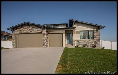 Saddle Ridge Single Family Home For Sale: 3903 Red Feather Tr