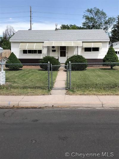 Cheyenne Single Family Home For Sale: 247 Hynds Ave