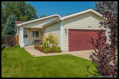 Cheyenne WY Single Family Home For Sale: $260,000