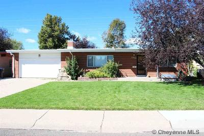 Cheyenne Single Family Home For Sale: 1222 Windmill Rd