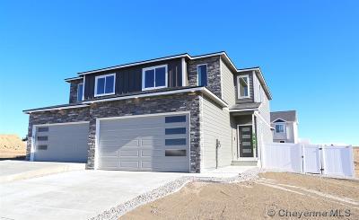 Saddle Ridge Condo/Townhouse For Sale: 3527 Blue Feather Tr