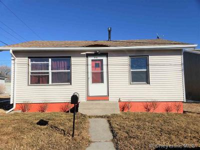 Cheyenne Single Family Home For Sale: 711 Carey Ave