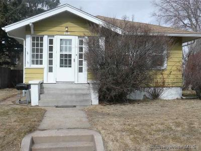 Cheyenne Single Family Home For Sale: 220 E 29th St