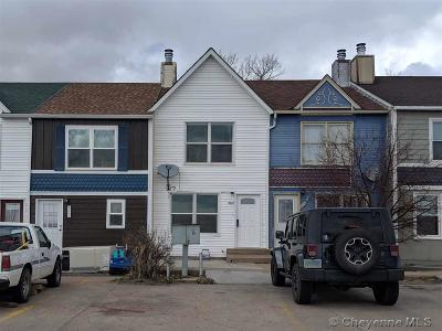 Laramie Single Family Home For Sale: 4325 Crow Dr