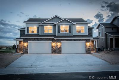 Saddle Ridge Condo/Townhouse For Sale: 3528 Red Feather Tr