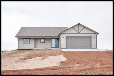 Cheyenne Single Family Home For Sale: 2697 I-25 Service Rd