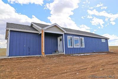 Cheyenne Single Family Home For Sale: 624 Jenny Lynn Rd