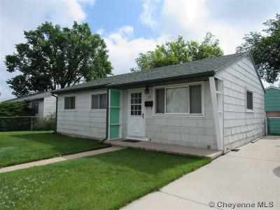 Cheyenne Single Family Home For Sale: 423 Hynds Ave