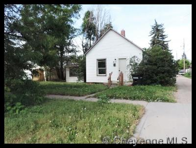 Single Family Home For Sale: 612 House Ave