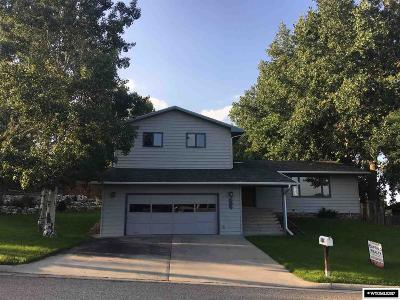 Buffalo Single Family Home For Sale: 604 Apache