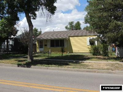 Casper Single Family Home For Sale: 736 E 15th