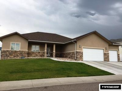 Casper WY Single Family Home For Sale: $489,000